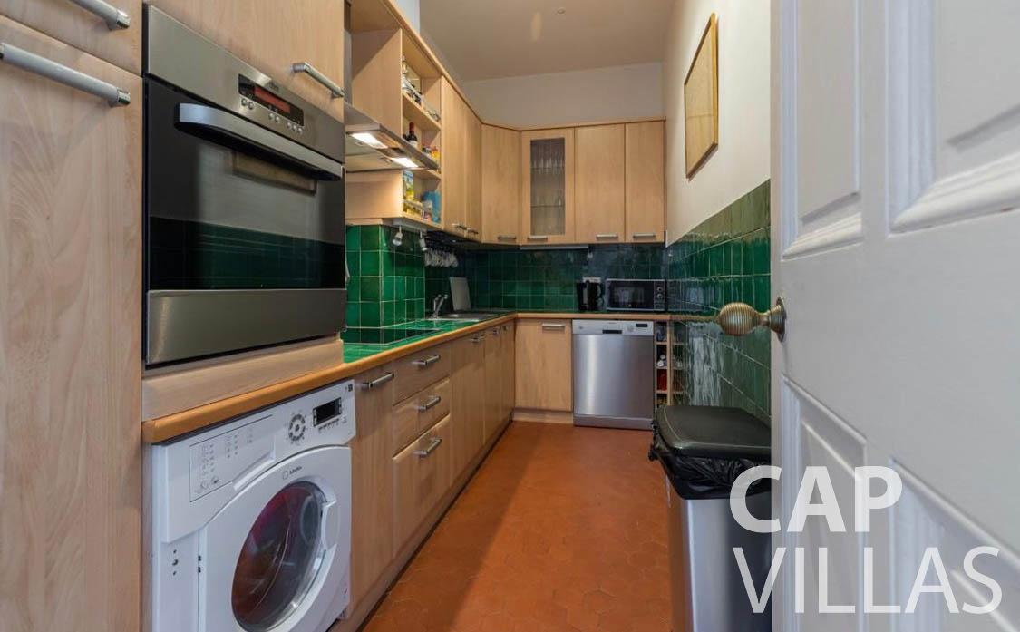 apartment for rent cap martin roquebrune kitchen