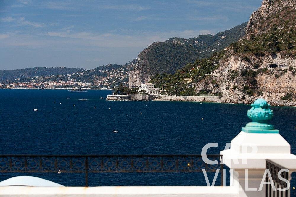 rent Villa Blossom capdail coast