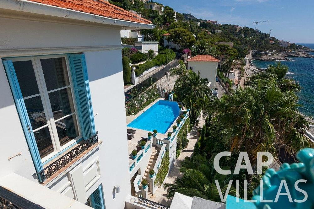 rent Villa Blossom capdail property