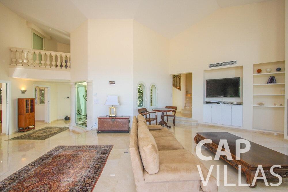 let Villa Camellia cap dail living room