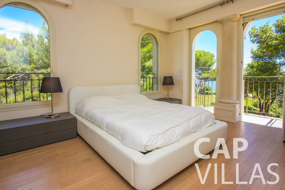 rent Villa Camellia cap dail bedroom