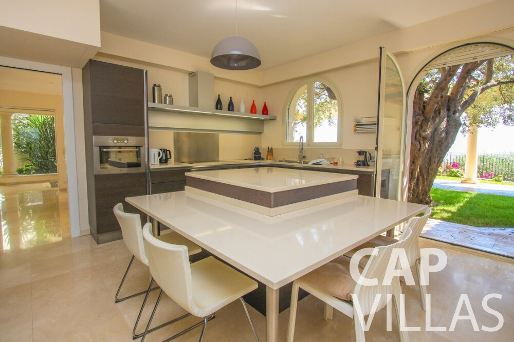 rent Villa Camellia cap dail kitchen