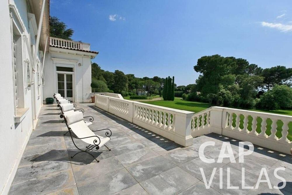 rent Villa Lila cap dantibes terrace