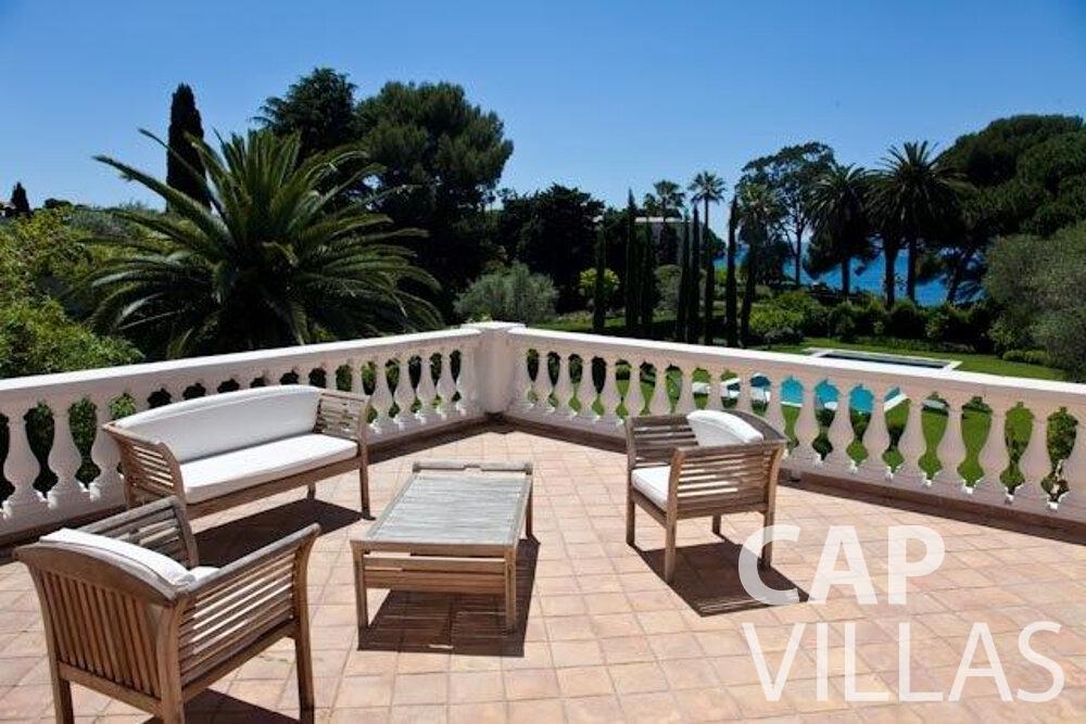 let Villa Magnolia cap dantibes terrace