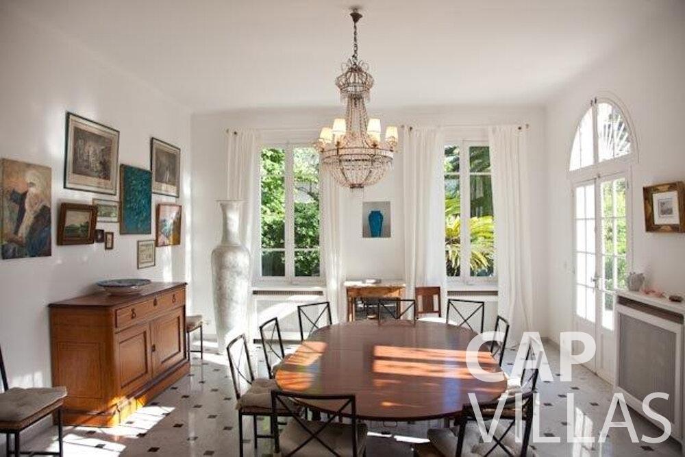 rent Villa Magnolia cap dantibes dining room