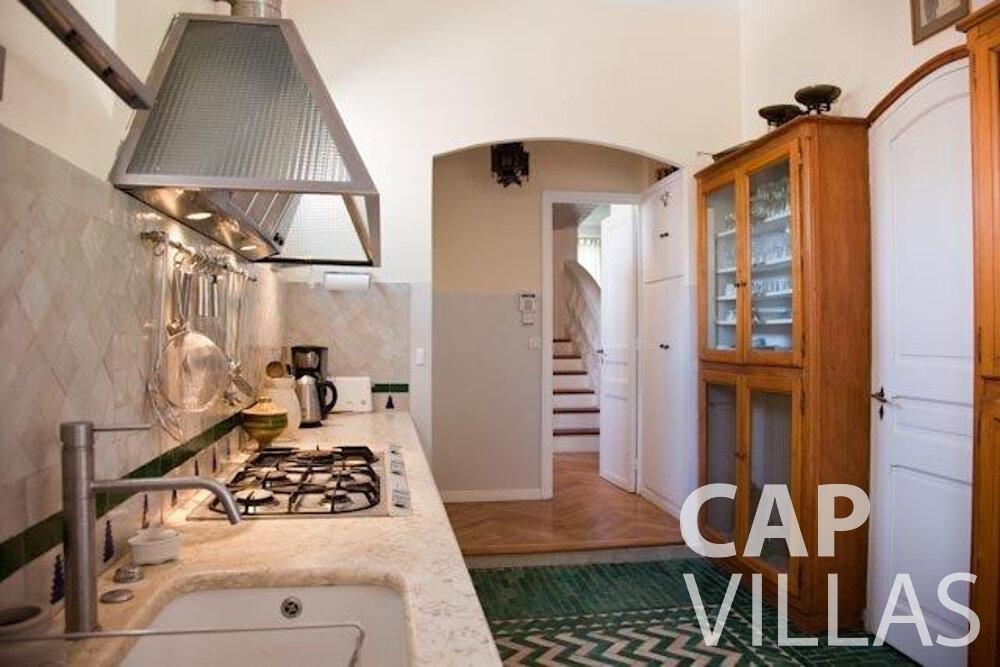 rent Villa Magnolia cap dantibes kitchen