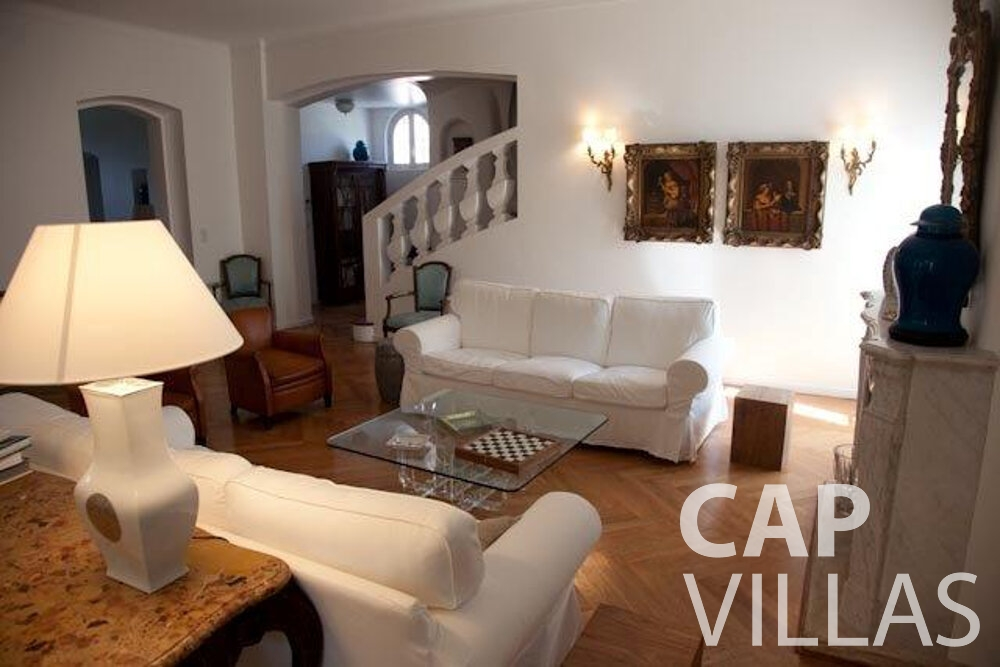 rent Villa Magnolia cap dantibes living room