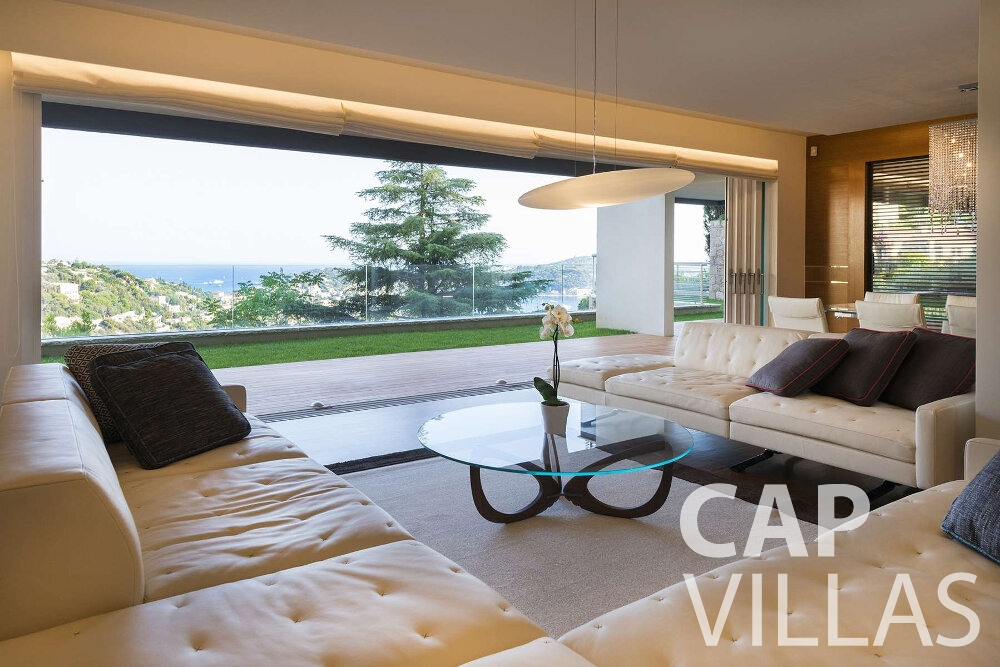holiday house for sale villefranche living room