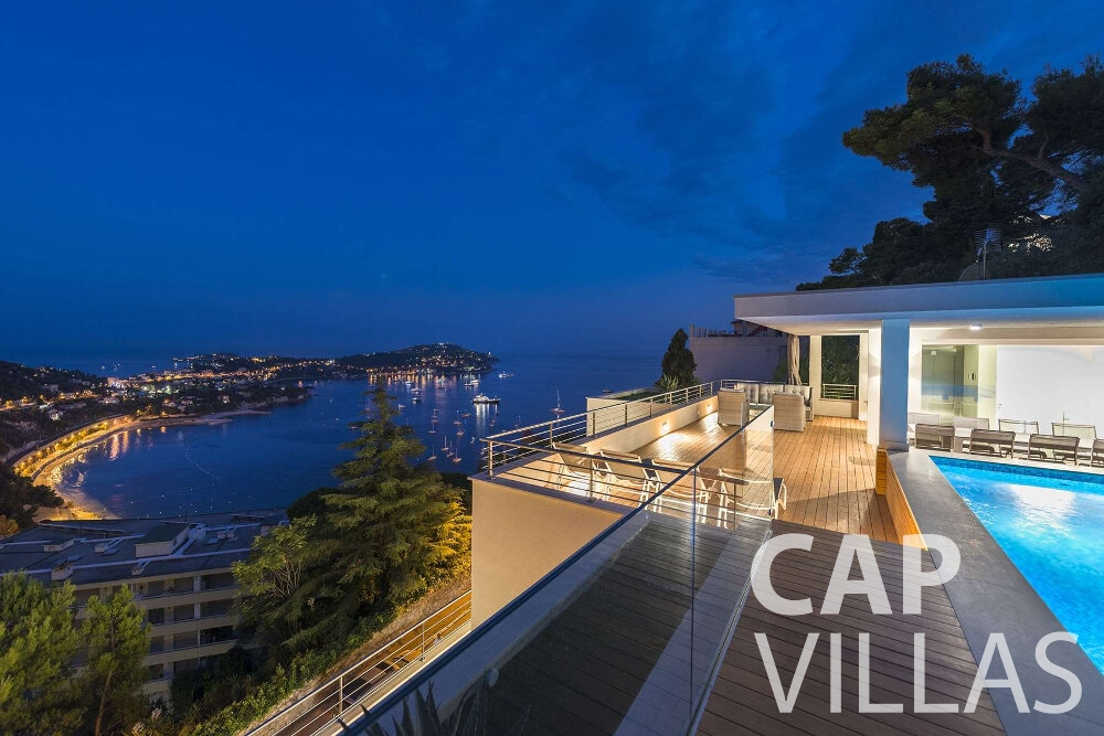 holiday house for sale villefranche seaview