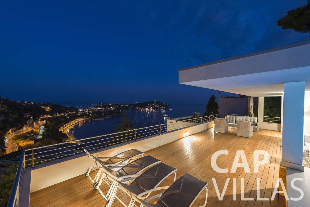 holiday house for sale villefranche terrace