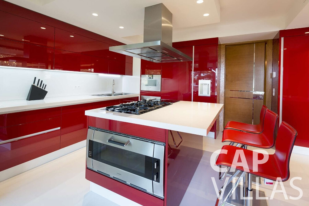 villa for sale villefranche kitchen