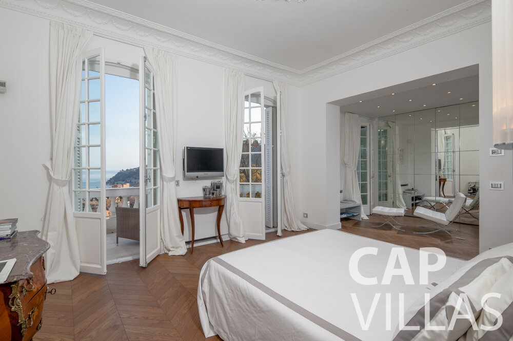 rent Villa Senna villefranche bedroom
