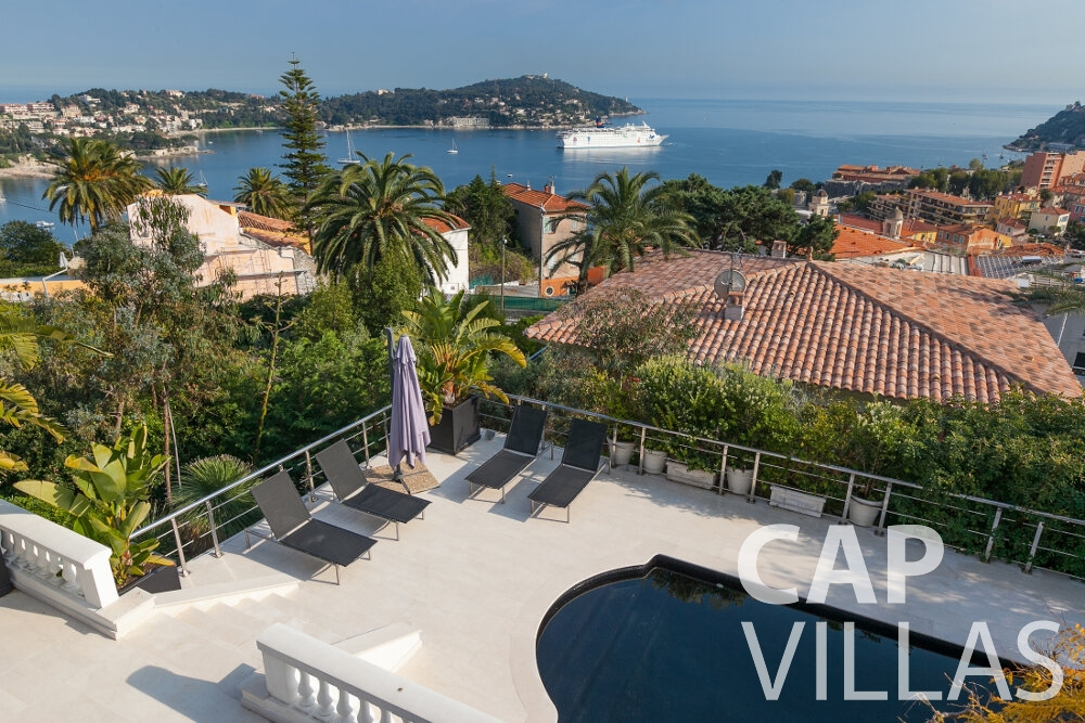 rent Villa Senna villefranche sea view