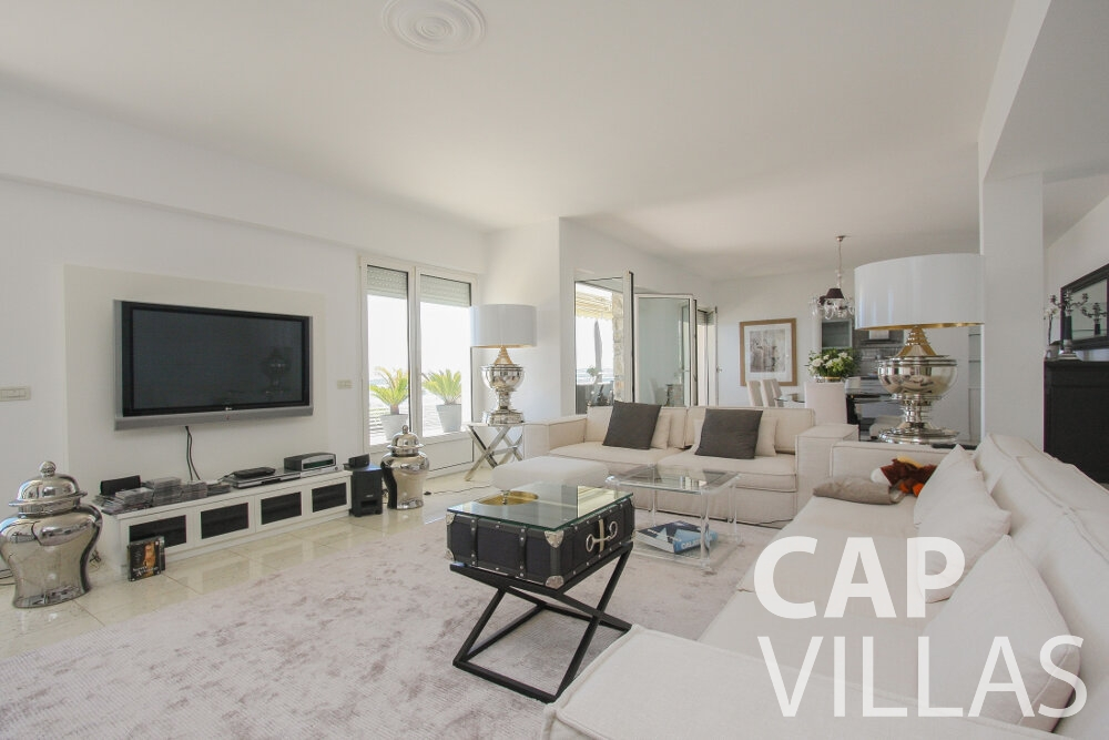 rent Villa Delphine cap dail living room