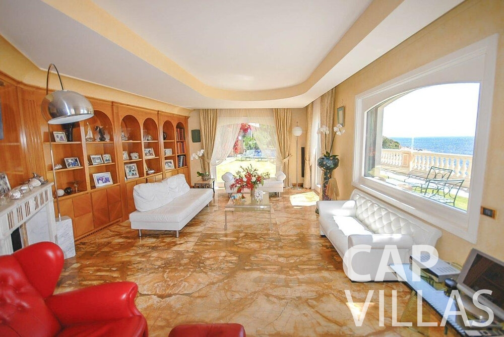 let Villa Acacia beaulieu living room