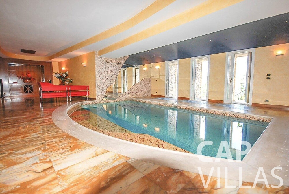 rent Villa Acacia beaulieu indoor swimming pool