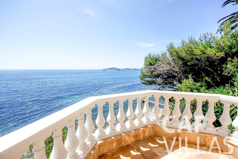 rent Villa Acacia beaulieu sea view
