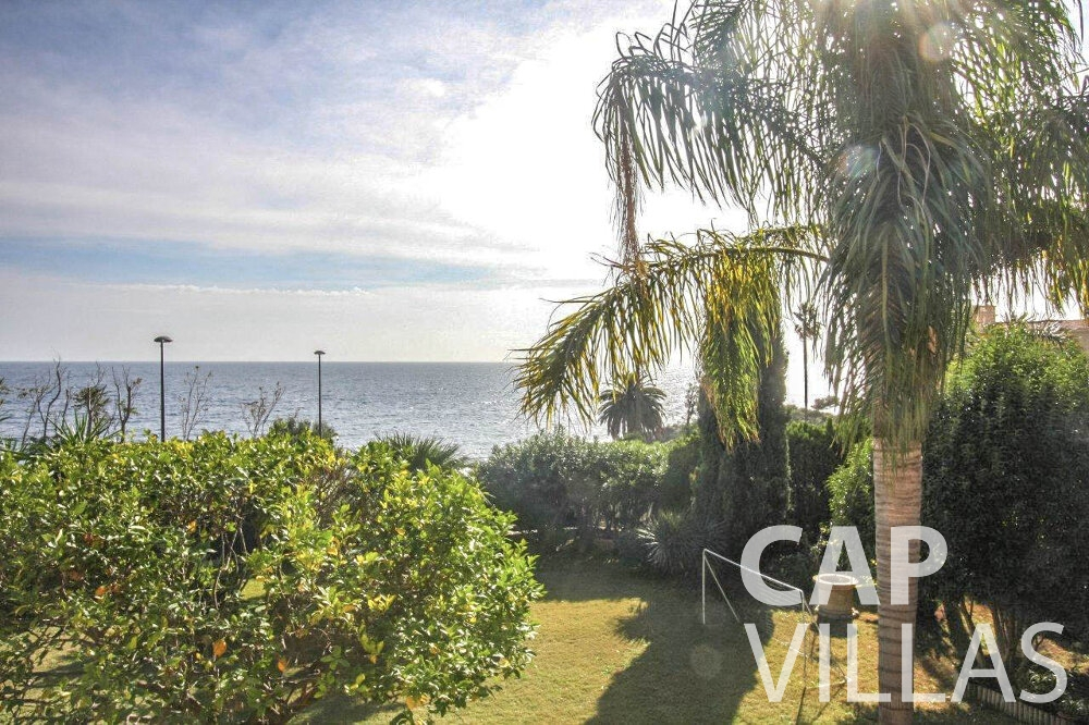 holiday house for sale cap dail seaview