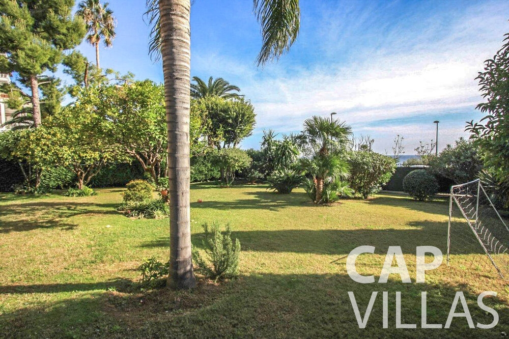 villa for sale cap dail palm tree