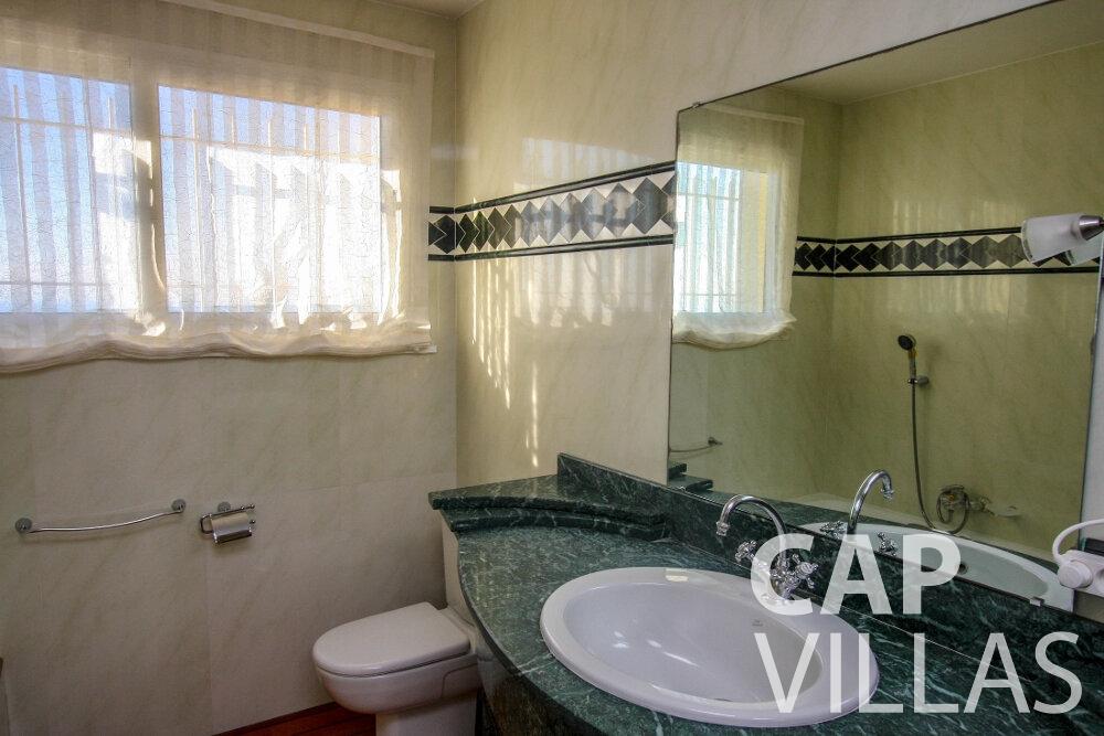 let Villa Fiorello villefranche batoom