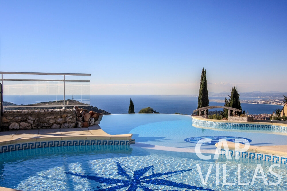 let Villa Fiorello villefranche swimming pool