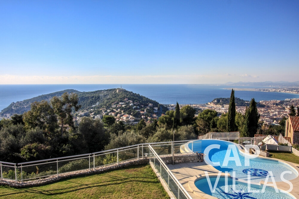rent Villa Fiorello villefranche pool sea view