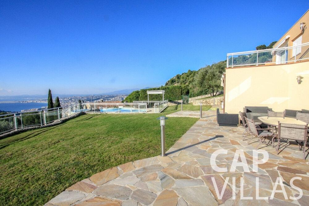 rent Villa Fiorello villefranche terrace