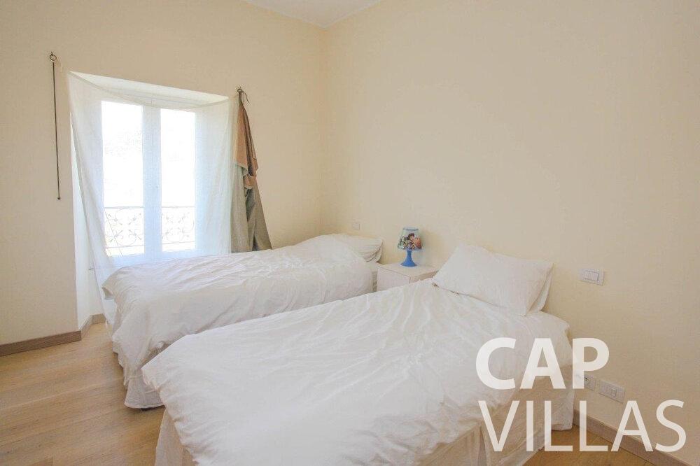 villa for sale cap de nice twin room