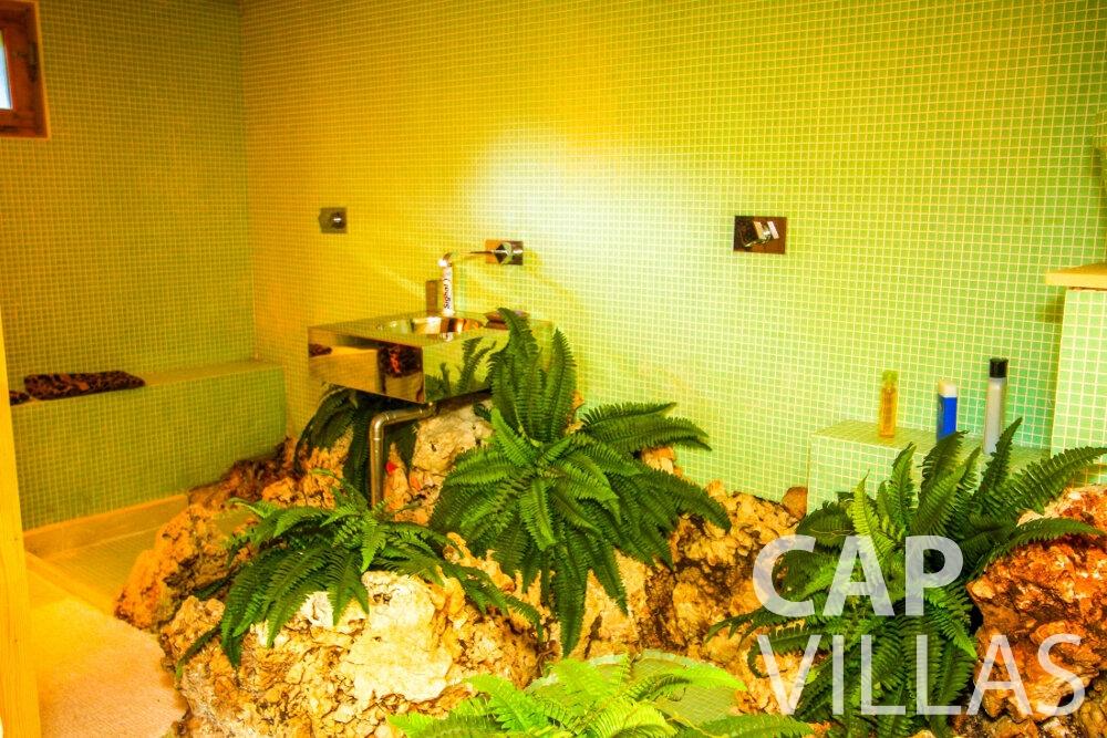 holiday rental Villa Fleur cap ferrat batoom