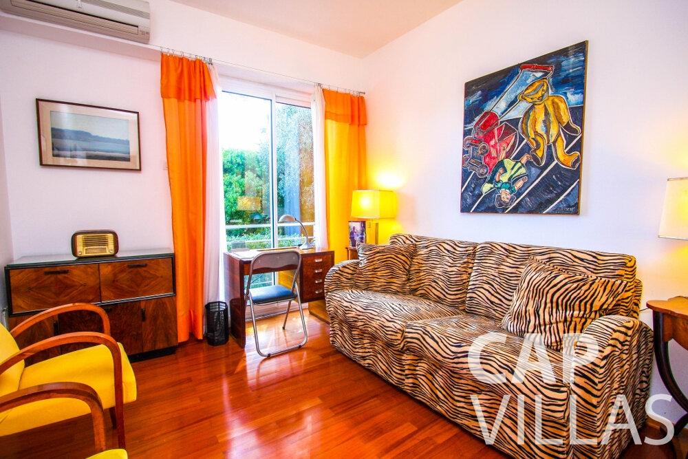 let Villa Fleur cap ferrat living room