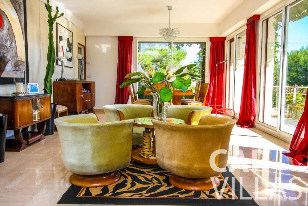 rent Villa Fleur cap ferrat living area