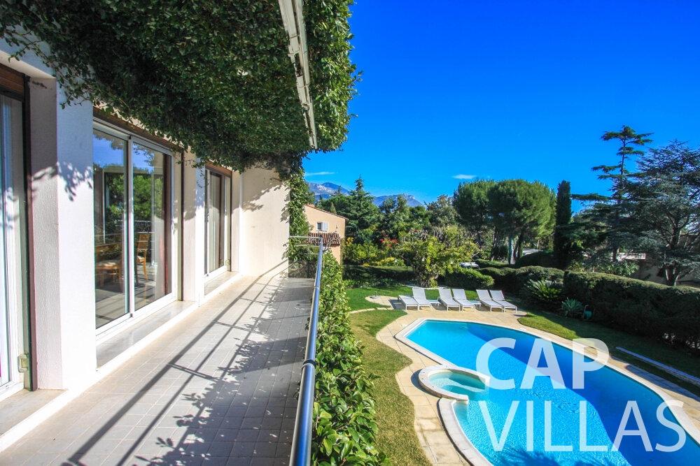 rent Villa Fleur cap ferrat outdoor