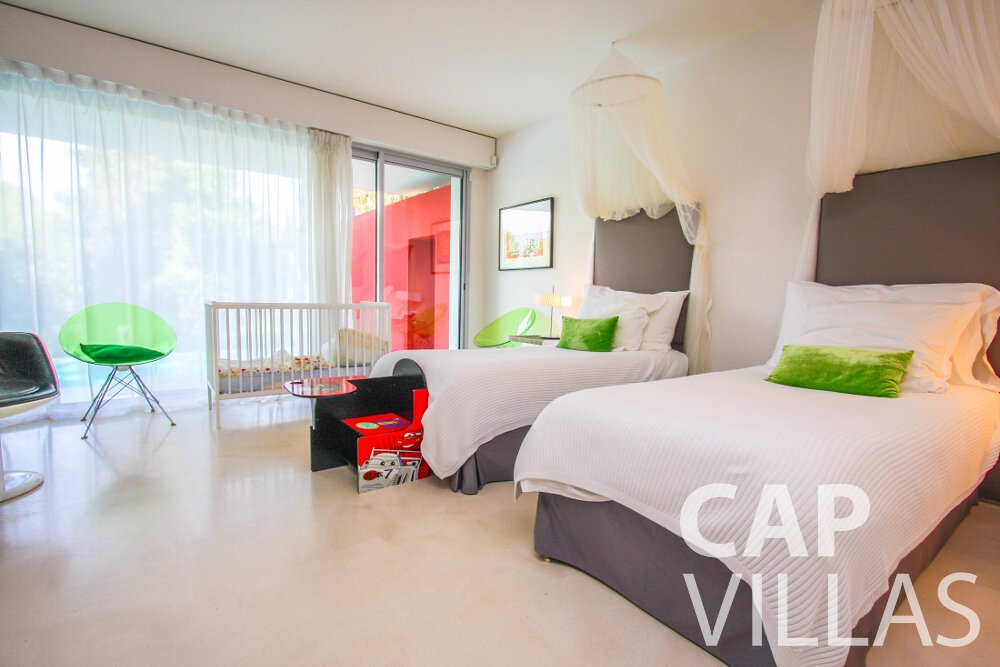 holiday rental Villa Ivy cap ferrat bedroom