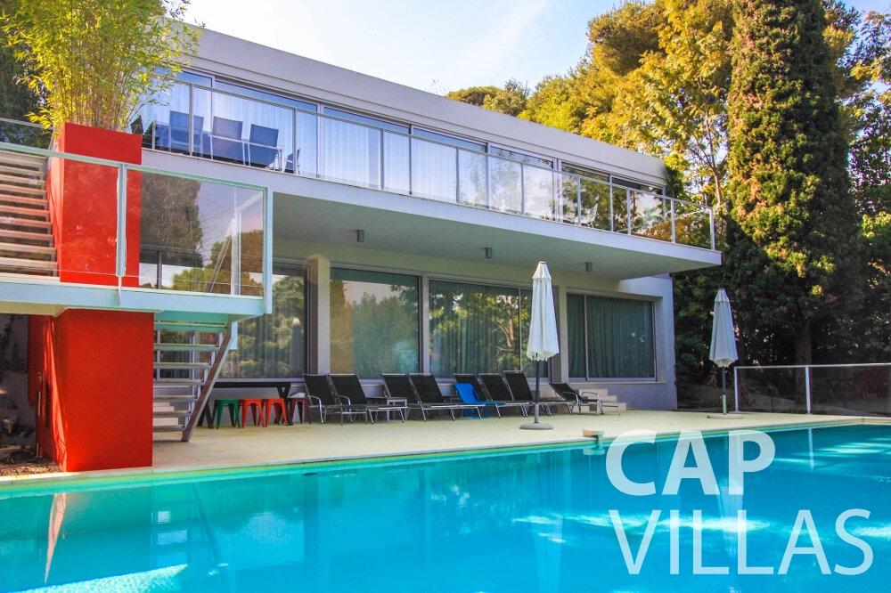 let Villa Ivy cap ferrat property