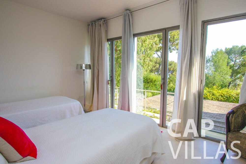 holiday rental Villa Lavender cap ferrat bedroom