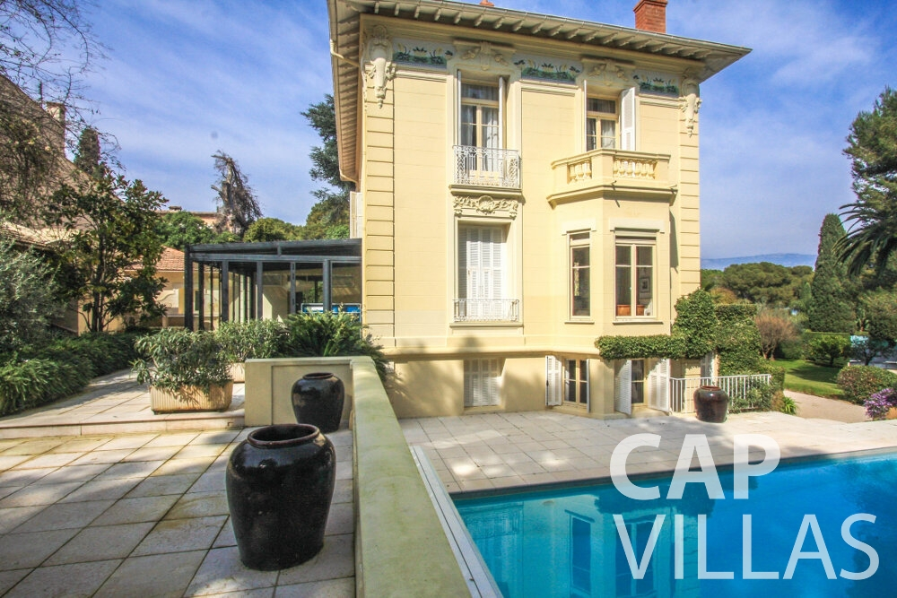 rent Villa Antonio cap ferrat property