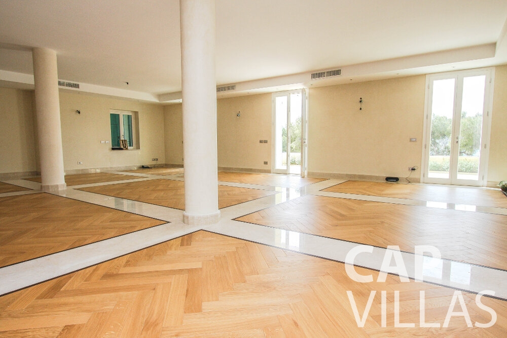 villa for sale cap ferrat hardwood floor