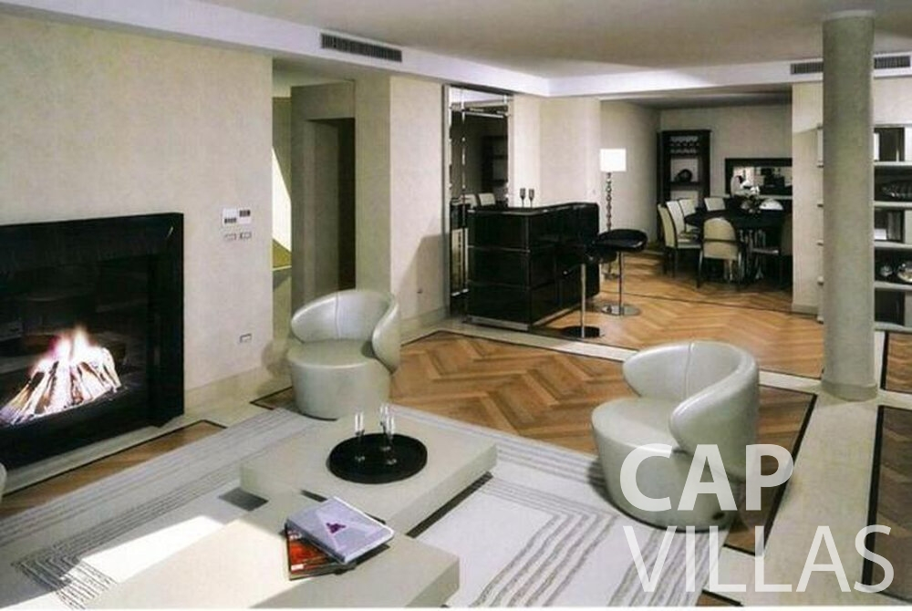 villa for sale cap ferrat living room