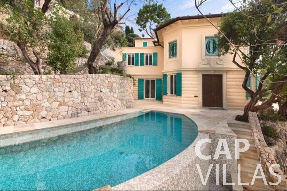 villa for sale cap ferrat pool
