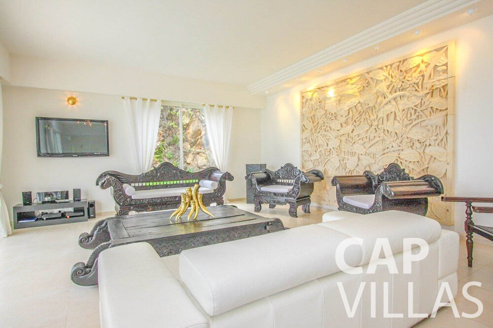 rent Villa Marigold cap de nice living room