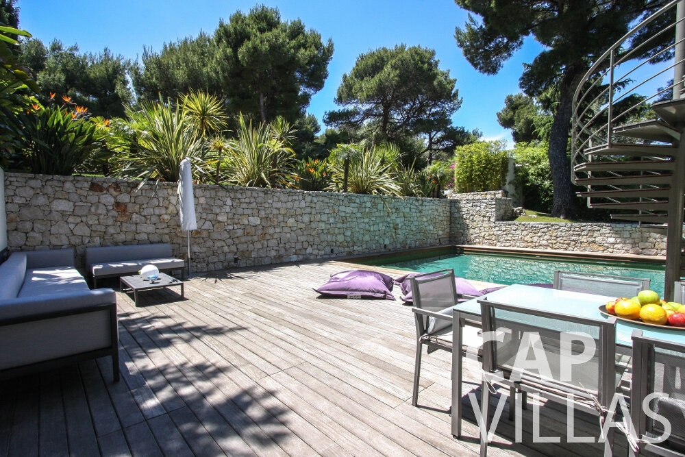 holiday rental Villa Petal cap de nice terrace