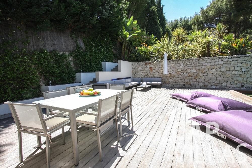 rent Villa Petal cap de nice terrace