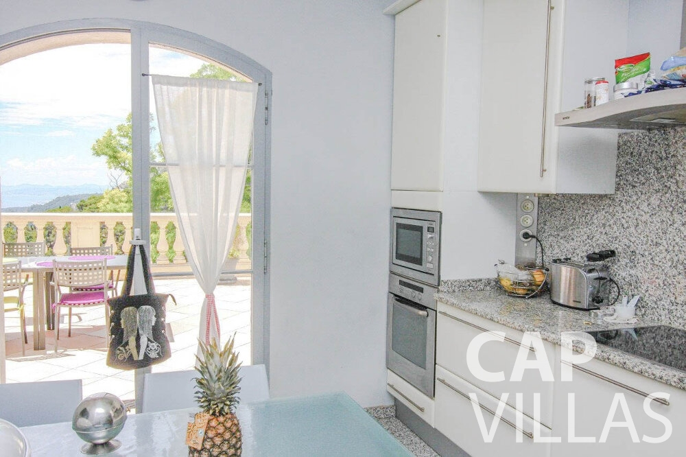 property for sale eze kitchen