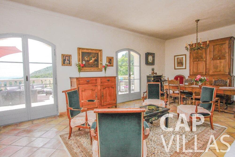 villa for sale eze living room