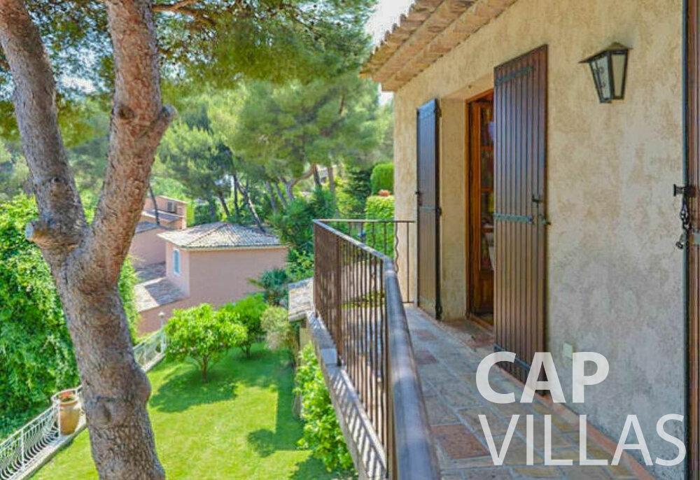 rent Villa Primrose cap martin roquebrune balcony