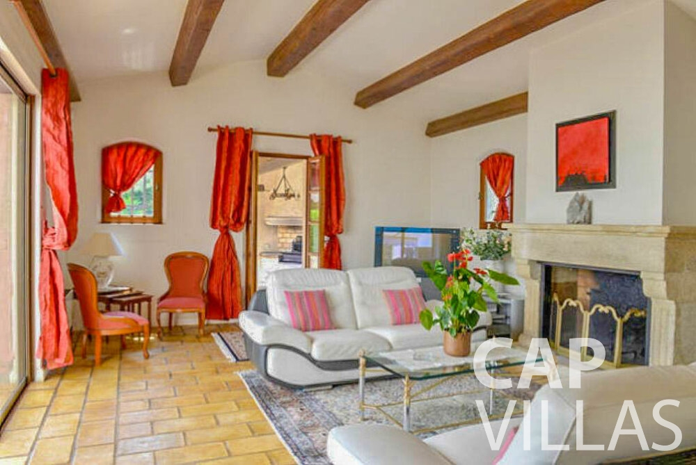 rent Villa Primrose cap martin roquebrune living room