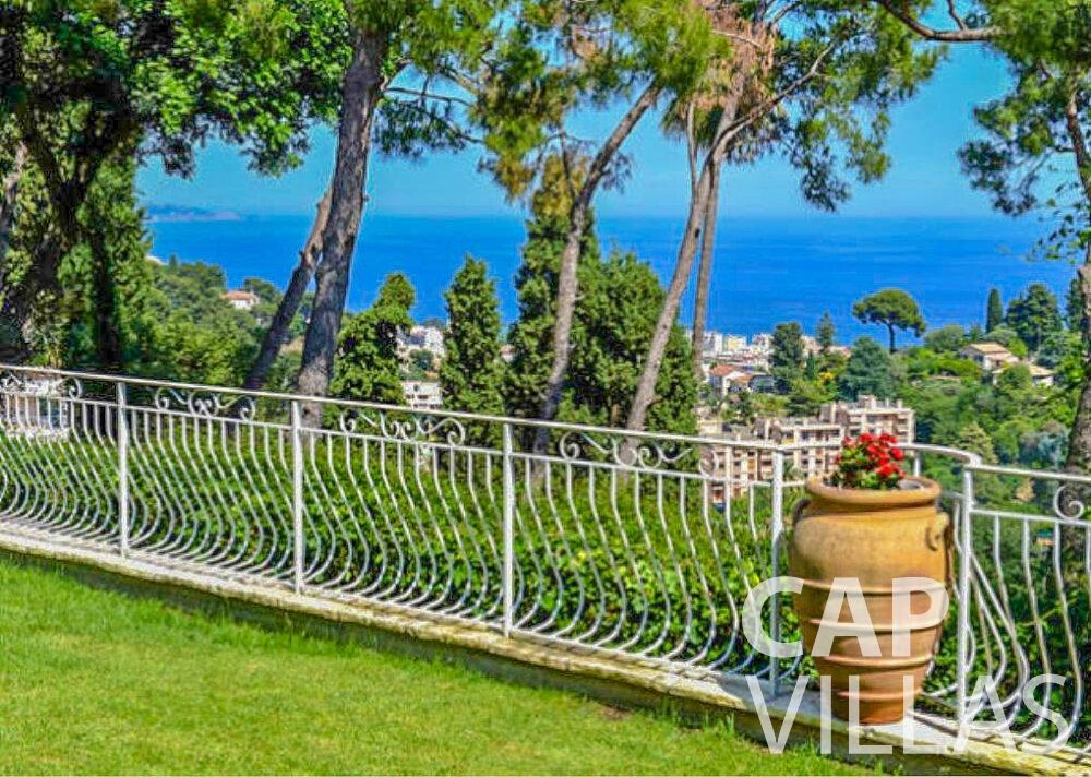 rent Villa Primrose cap martin roquebrune sea view