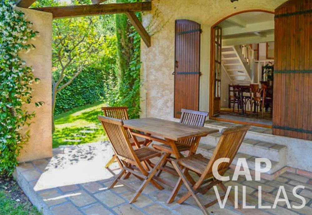 rent Villa Primrose cap martin roquebrune terrace