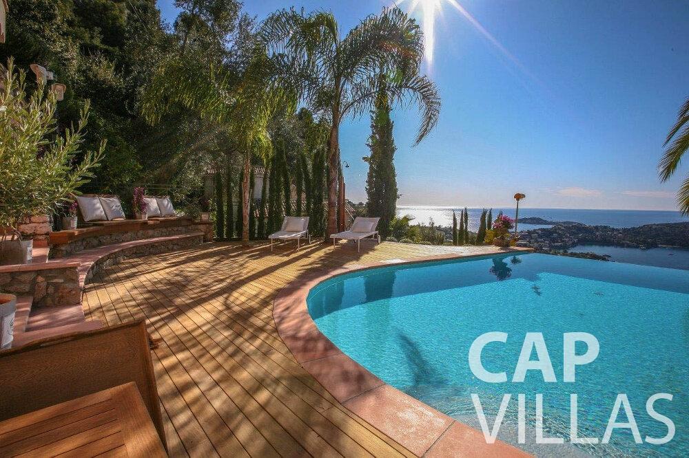 let Villa Azalea villefrenche swimming pool