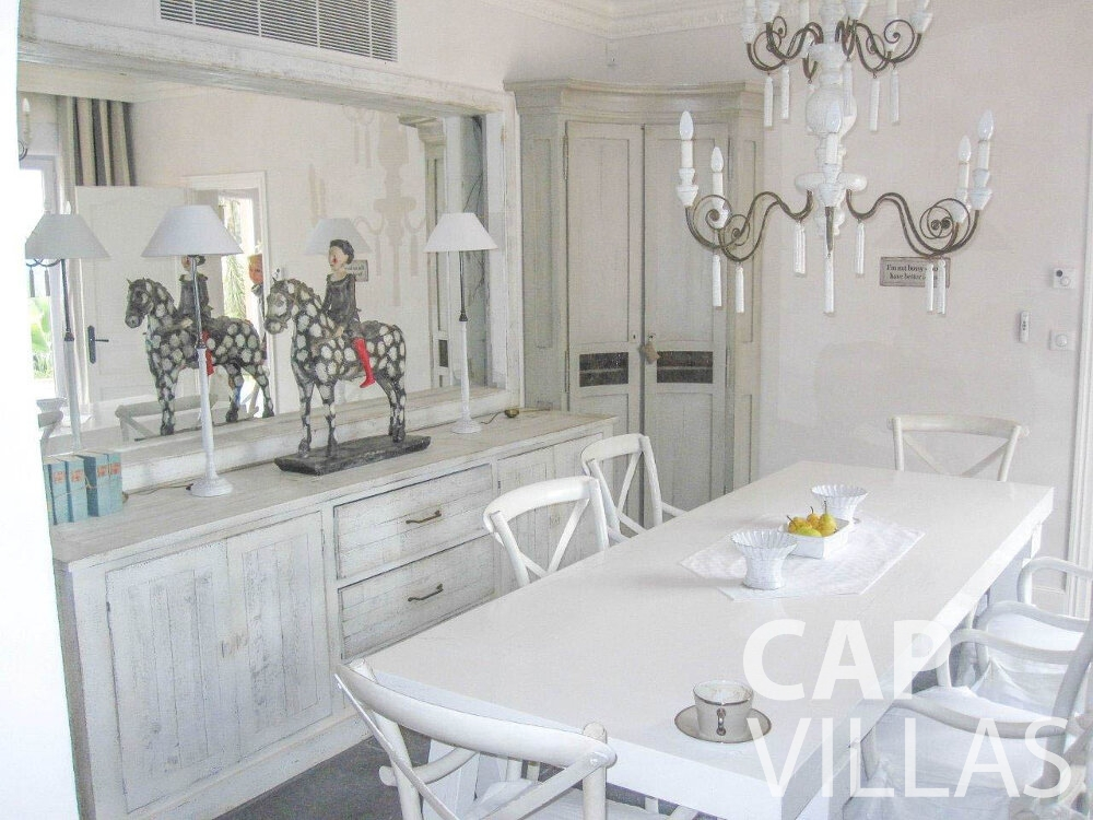 rent Villa Azalea villefrenche kitchen